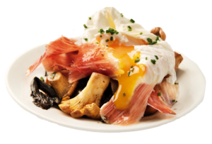 Sautéed mushrooms with iberian ham and poached egg